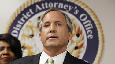 Fiscal general de Texas demanda a principales redes sociales por 'discriminar' a Trump