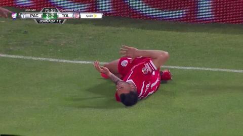 ¡Expulsión! El árbitro saca la roja directa a Óscar Murillo