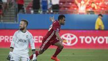 """Golazo del """"Pescadito"""" Ruiz le da primer lugar absoluto al FC Dallas"""