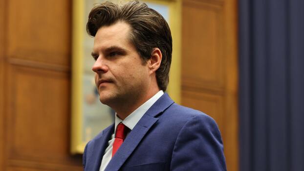 Un socio del republicano Matt Gaetz se declara culpable de tráfico sexual de menores