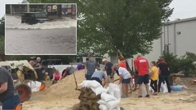 En estado de emergencia, Louisiana y Texas se preparan para el que podría ser el primer huracán de la temporada