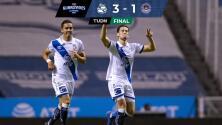 Puebla doblega 3-1 a un Mazatlán FC debilitado por la roja de Vikonis