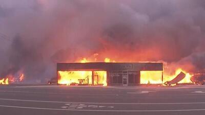 Autoridades de California se preparan para la temporada de incendios que el año pasado dejó dolor y destrucción en varias comunidades