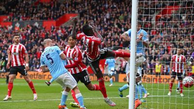 Sadio Mané, con triplete, lidera goleada del Southampton sobre un Man-City