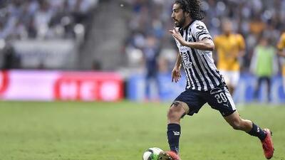 ¡Para tallarse los ojos! El AC Milan estaría interesado en fichar a Rodolfo Pizarro