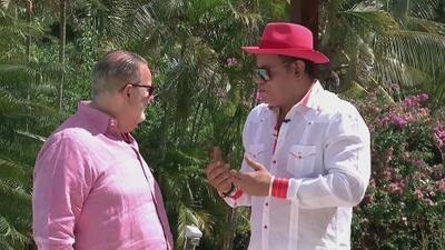"""""""Yo ya no cojo sol"""": Sammy Sosa le explicó a Raúl cómo es que ha aclarado tanto su piel"""