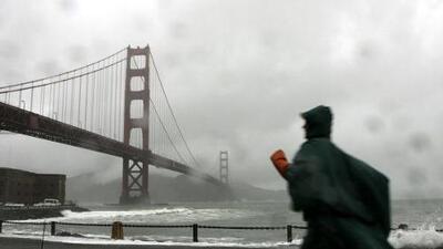 Inundaciones repentinas y vientos huracanados: lo que se espera de la tormenta que azotará la Bahía