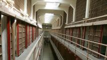 Denuncian abusos y condiciones deplorables en cárceles federales de la ciudad de Nueva York