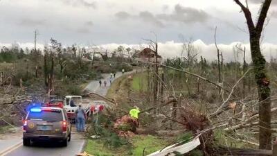 Violentos tornados dejan 23 muertos y múltiples heridos en Alabama