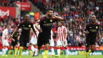 Manchester City golea al Stoke con doblete de Agüero