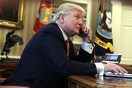 """Trump """"prometió"""" algo a un líder extranjero que llevó a un funcionario a denunciarlo y ahora el Congreso exige saber qué pasó"""