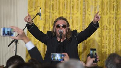 Mana perform at Obama's last White House 5 de Mayo