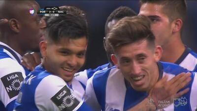 Gol a la mexicana del Porto: 'Tecatito' Corona asiste a Héctor Herrera quien marca
