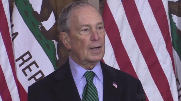 El precandidato republicano Michael Bloomberg visitó Stockton para pedir apoyo de la comunidad