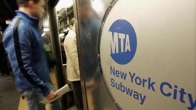 Investigan brutal golpiza a un pasajero del metro de Nueva York