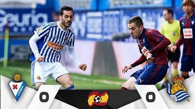 Héctor Moreno se quedó en la banca y la Real sigue sin levantar