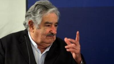 Kirchner era 'difícil y bastante baboso', insiste Mujica