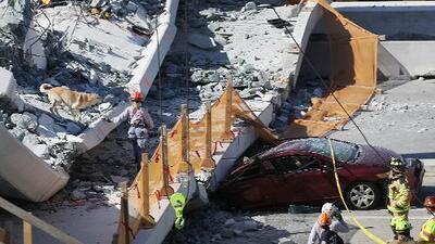 Al menos 4 muertos han sido recuperados tras el colapso de un puente peatonal en construcción en Miami