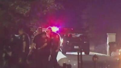 Buscan a un hombre acusado de invadir una vivienda y amenazar con un arma a los propietarios