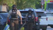 Tres muertos y un herido: presunto caso de violencia doméstica siembra pánico en un vecindario de Miami-Dade