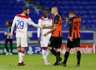 En fotos: Olympique de Lyon viene de atrás para igualar 2-2 ante el Shakhtar Donetsk