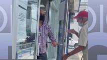 Redes sociales arden tras trato a un adulto mayor en la AEE en Fajardo