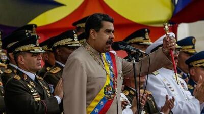 """Maduro pide a militares """"no bajar la guardia"""" ante reporte sobre un supuesto planteamiento de invasión a Venezuela"""