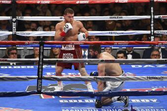 En fotos: ¡Contundente! 'Canelo' Álvarez triunfa sobre Rocky Fielding en Nueva York
