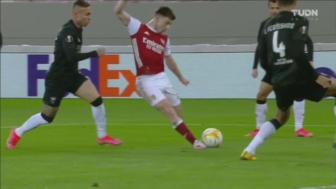 ¡Responde el Arsenal! Tierney con un zurdazo logra el 2-2