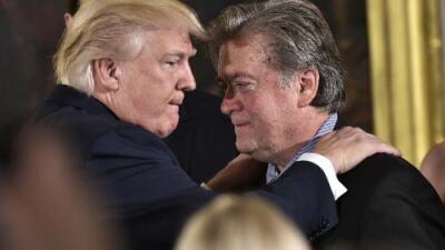 """""""Se volvió loco"""": Trump arremete contra Bannon, el polémico estratega que lo llevó a la presidencia"""