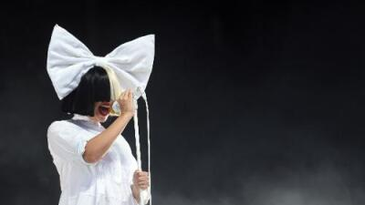 Sia Unveils Her Face in Los Angeles