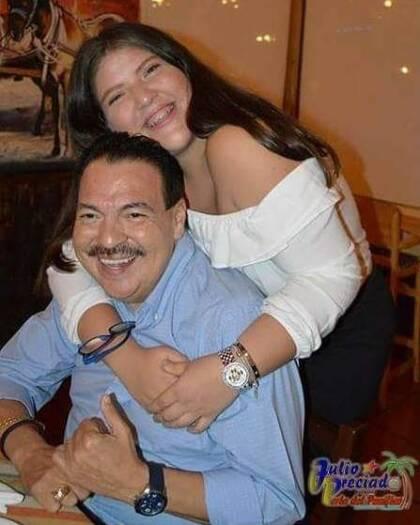 Yuliana, la hija de Julio Preciado, mandó un mensaje a quienes la han criticado por aceptar donarle un riñón a su padre.