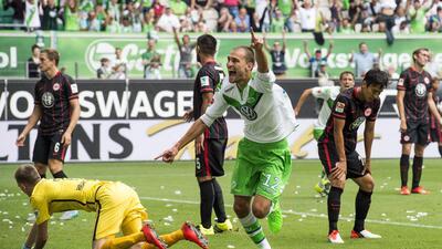 Perisic y Bas Dost propician el primer triunfo del Wolfsburgo