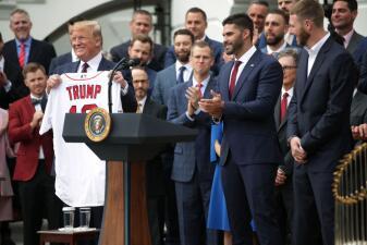 Las imágenes de la visita de algunos miembros de los Boston Red Sox a la Casa Blanca