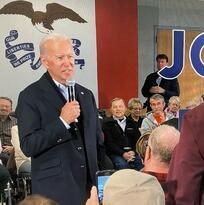 """Biden llama """"maldito mentiroso"""" a  votante en acalorada discusión sobre su hijo Hunter"""