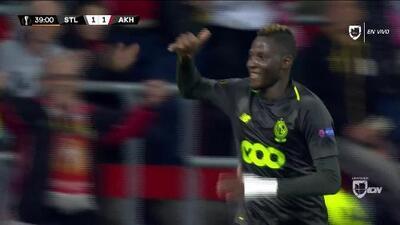 ¡GOOOL! Moussa Djenepo anota para Standard Liège
