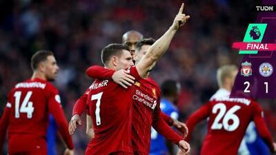 Liverpool vence en la agonía y va por marcas históricas