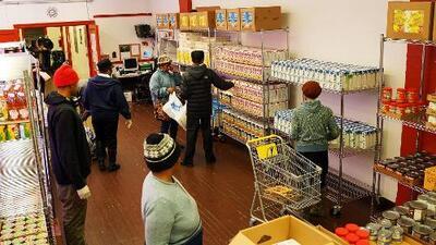 """""""No tengan miedo"""": Abogada explica los alcances de la medida para negar residencia a inmigrantes que usan ayuda pública"""