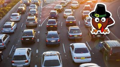 ¡Que no te agarre el tráfico! Entérate cuál es el peor día para manejar antes de Thanksgiving