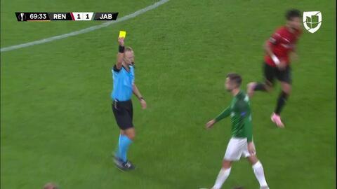 Tarjeta amarilla. El árbitro amonesta a Jakub Povazanec de FK Jablonec