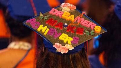 Esta nueva ley permite a estudiantes indocumentados recibir becas y ayuda financiera en el estado de Nueva York