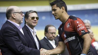 Oscar Ustari, refuerzo de Atlas, se lesiona y se pierde el arranque del Clausura 2016