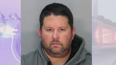Hombre acusado de disparar y matar a un ciclista se presenta en corte y su defensa pide libertad bajo fianza