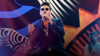 Silvestre Dangond puso la cuota vallenata con el clásico 'El santo cachón' en Premios Juventud