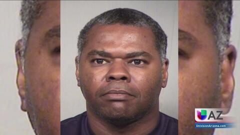 Arrestan a un hombre en Gilbert acusado de golpear a su hijastra con un cinturón en la cara