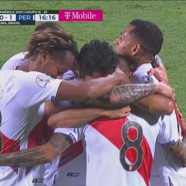¡Peña le quita el invicto a Ospina! Derechazo para el Perú 1-0 Colombia