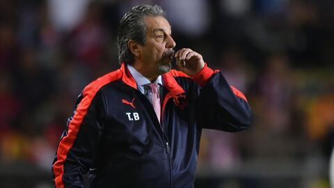 ¡Más modificaciones! Así formaría Tomás Boy a Chivas para enfrentar a Puebla