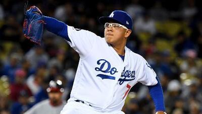 Arrestaron al mexicano de los Dodgers Julio Urías por violencia doméstica