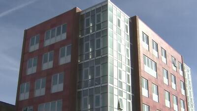 Cierran edificio que estaba dedicado a facilitar vivienda de bajo costo para estudiantes latinos