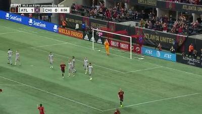 Con un mágico disparo cruzado Franco Escobar abre el marcador, Atlanta 1-0 Chicago Fire